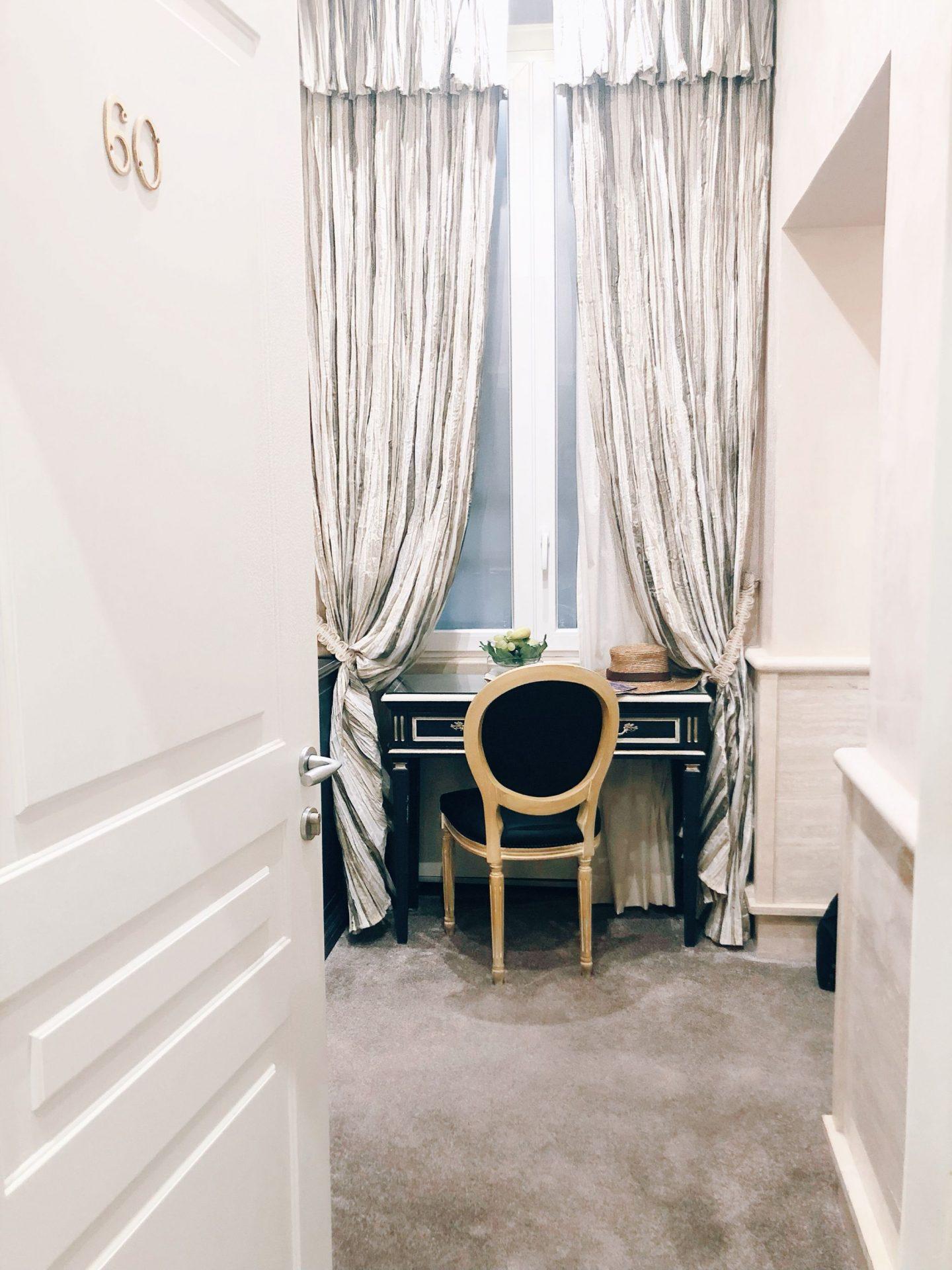 Beautiful corner in Hotel Barocco Suite
