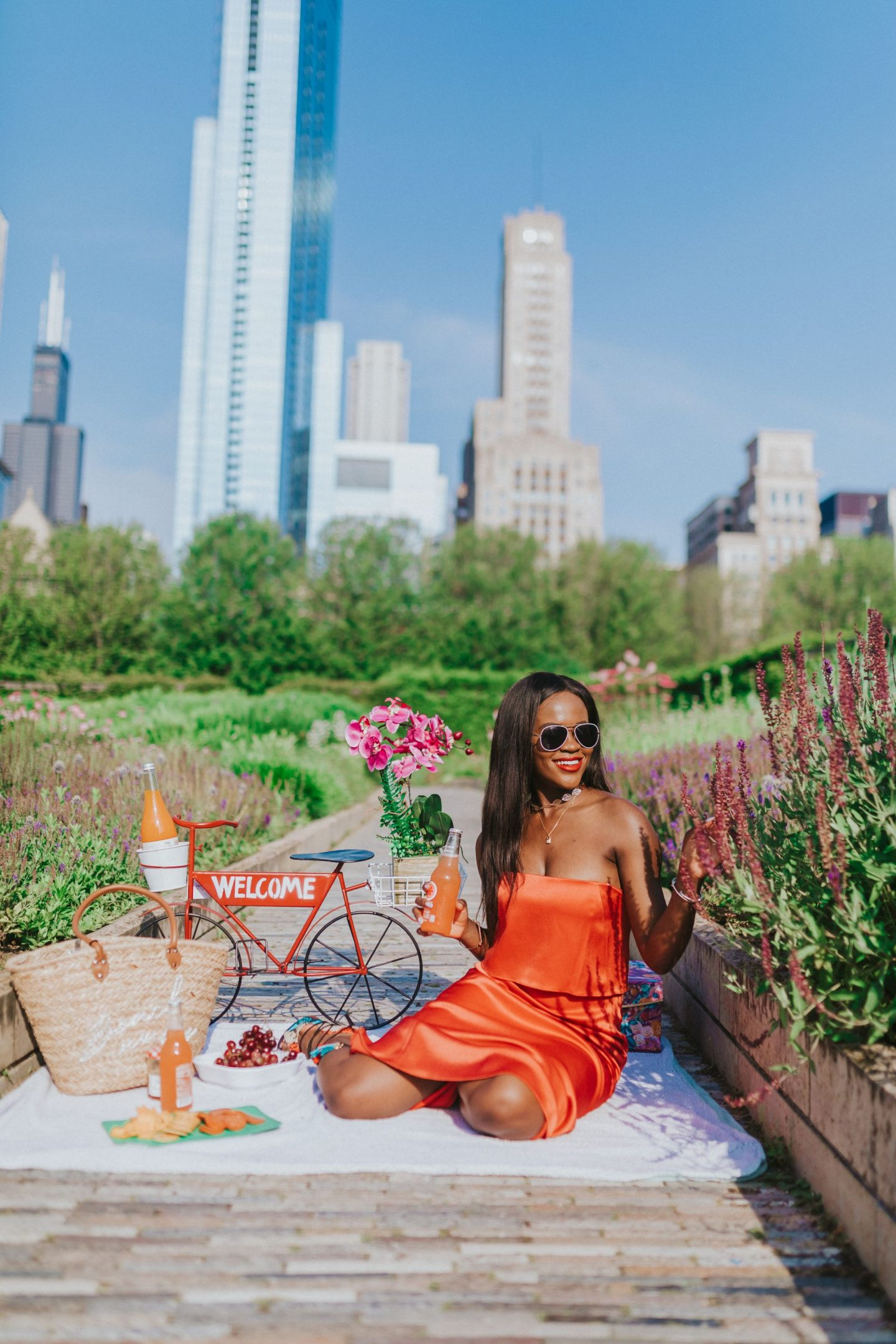 Cranberry Tantrums shows you how to plan the perfect picnic date in the Park. Jennifer Ibe