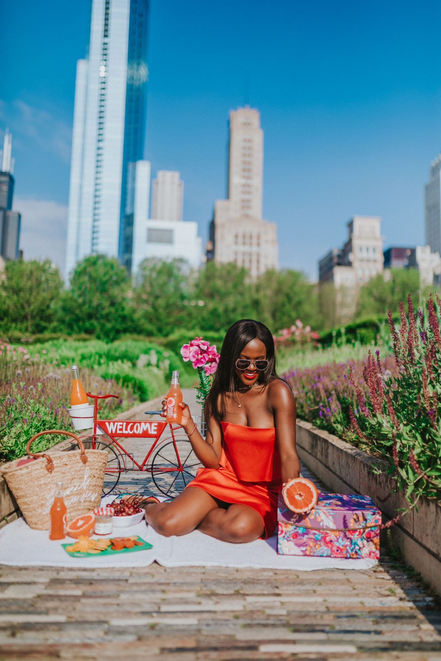 How to plnic the perfect picnic date in the park