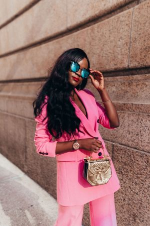 How to look chic in pink