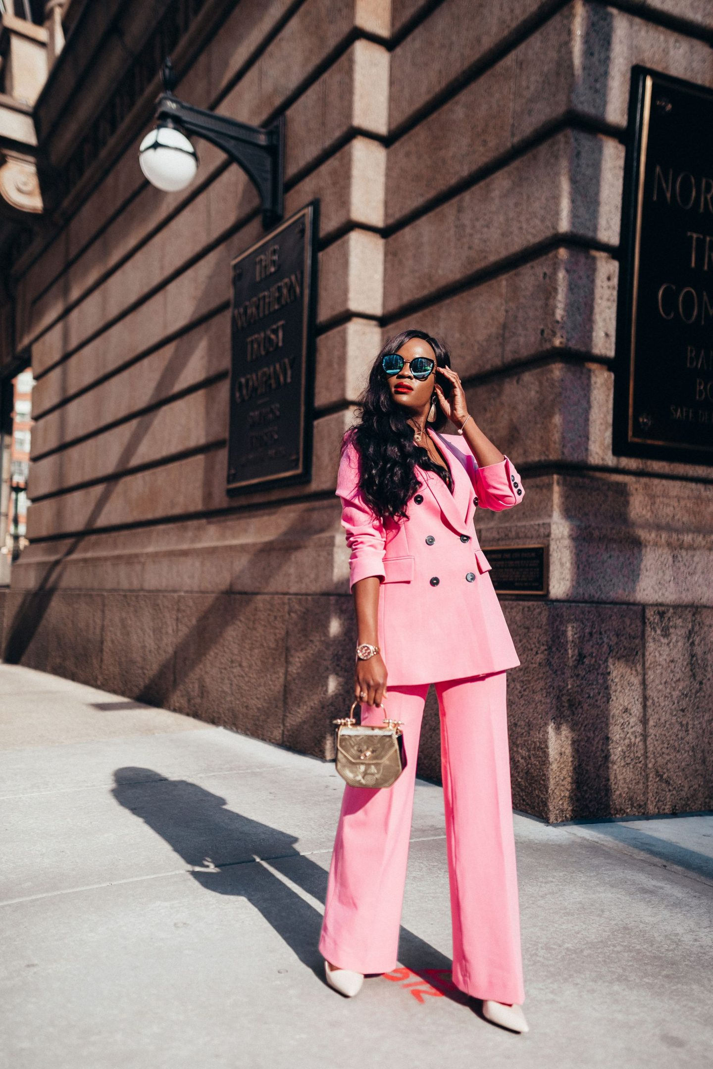 How to wear pink like a fashion girl
