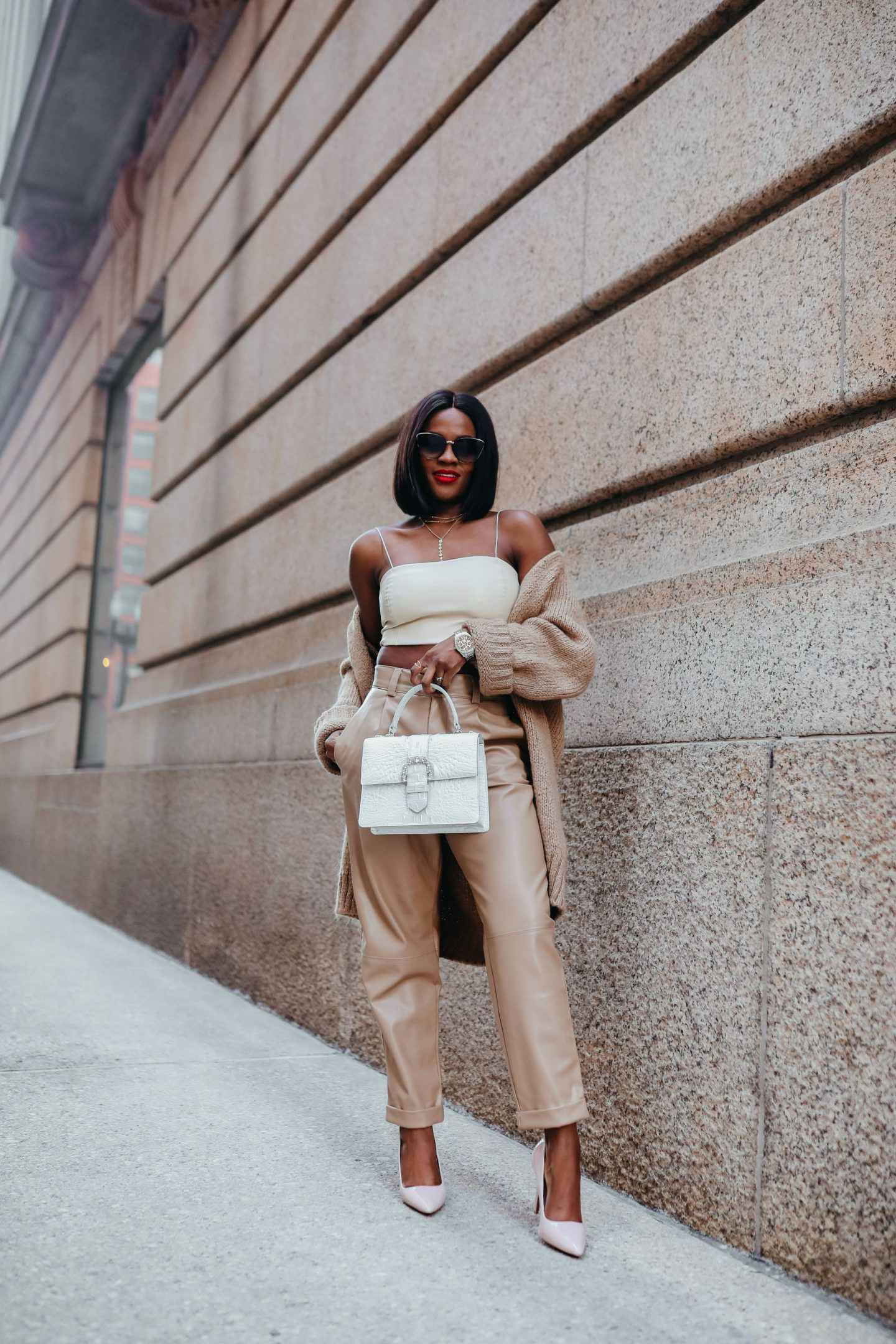 Jenn Ibe, Cranberry Tantrums, How to wear beige for Fall